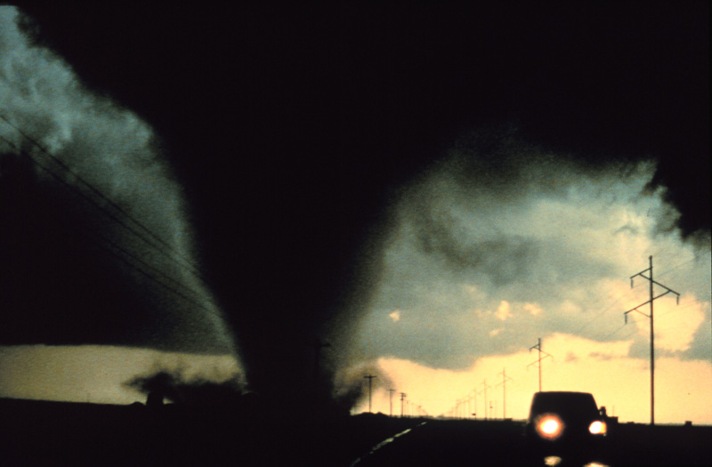 tornado near traffic in Dimmit, TX
