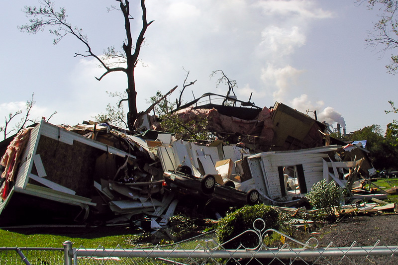 mobile homes destroyed in tornado