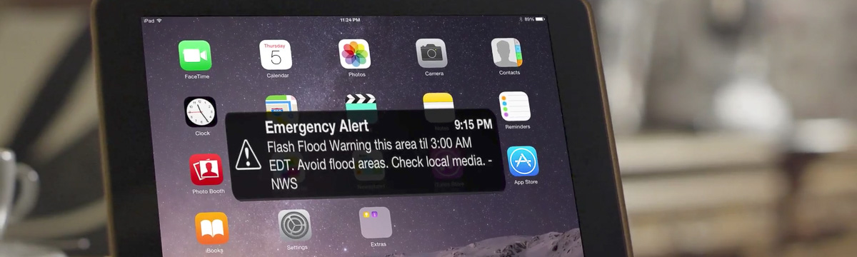 severe thunderstorm warning on smartphone